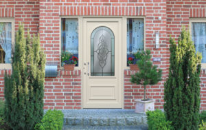 Porte en aluminium traditionnelle beige