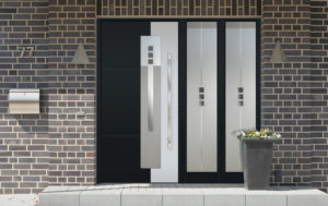 Porte en aluminium bicolore avec partie latérale fixe