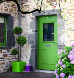 porte d'entrée mixte bois aluminium verte