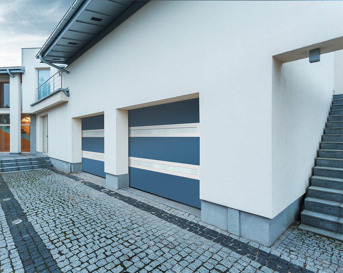 portes-de-garage-visio-panoramique1_visio-panoramique-bi-couleur-bleu-blanc-la-toulousaine